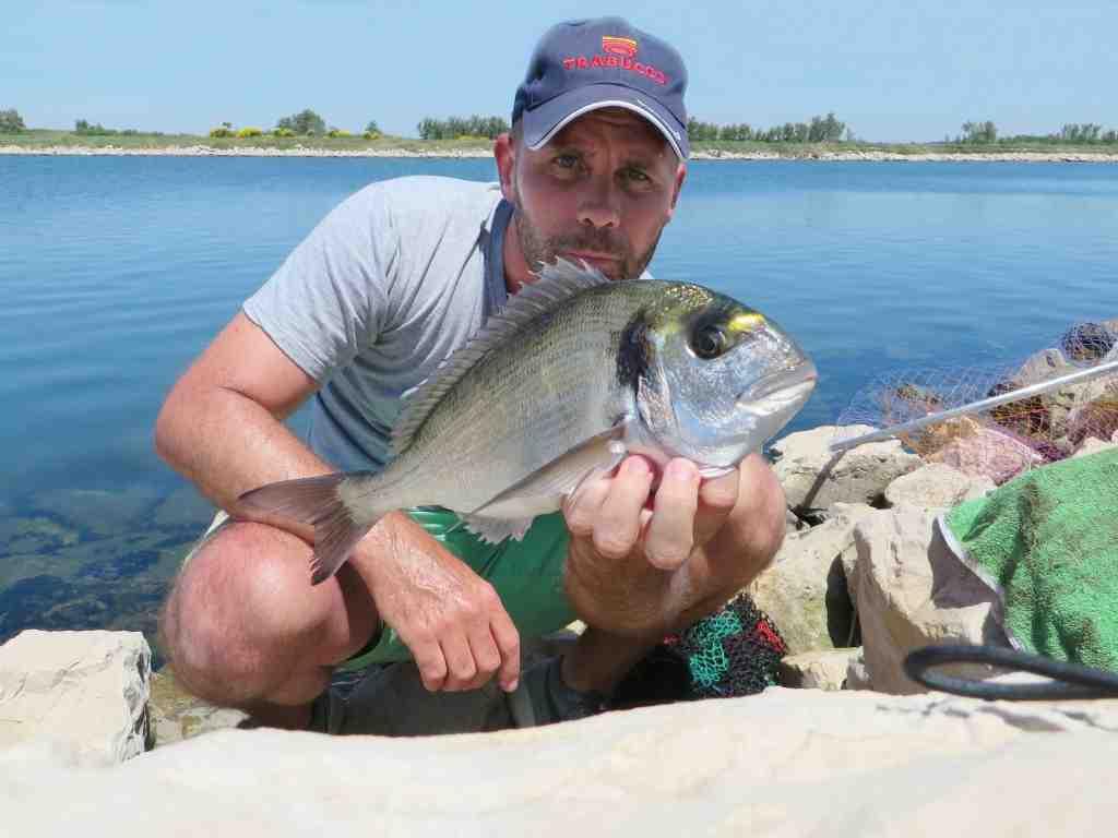 Comment monter une ligne de pêche au plomb ?